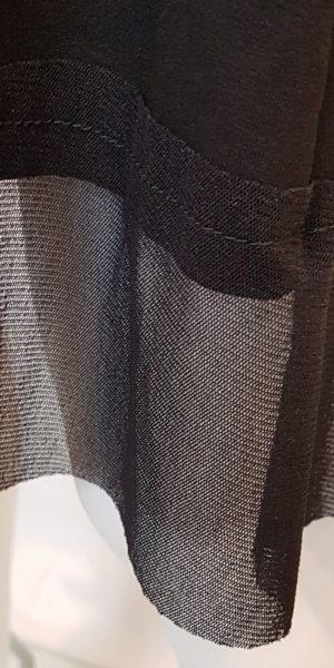 Detail van jurk van Rimini bij Sjàzz- design