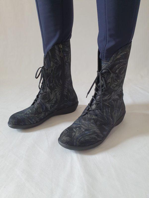 Loints bij Sjazz Roosendaal, bijzondere loints laarzen