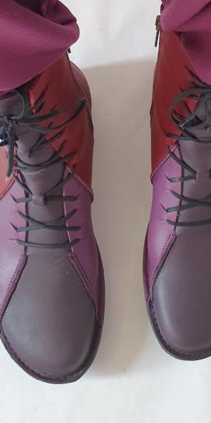 Laars Loints in drie kleuren, paarse laars, Loints bij Sjazz