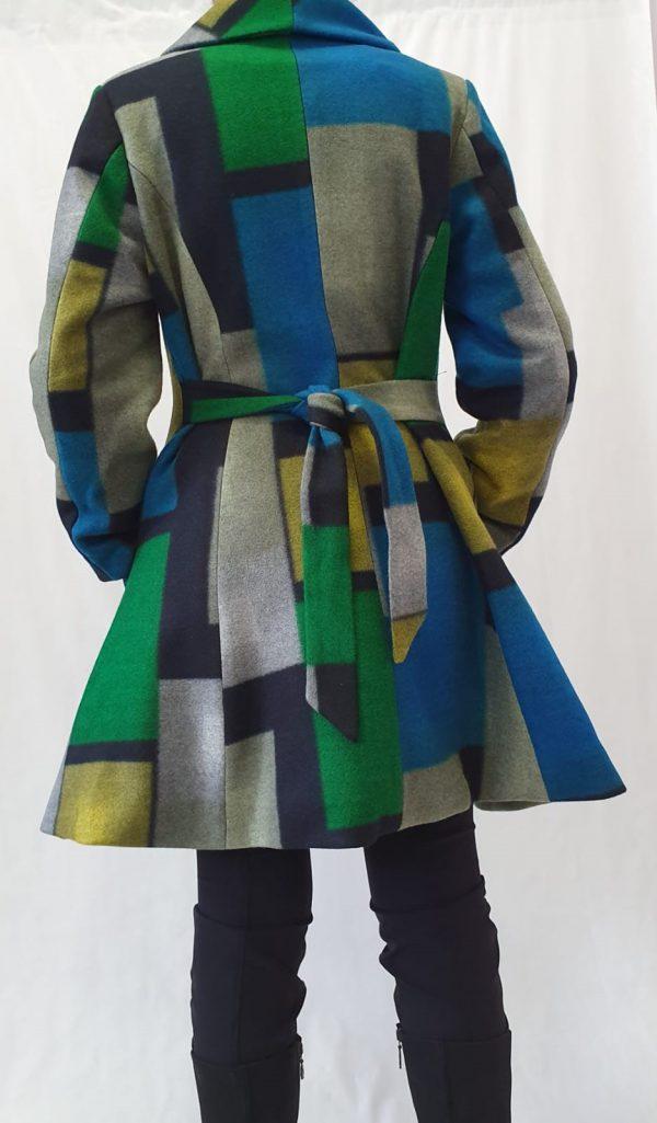 Heart jas bij Sjàzz Design, winterjas. leuke winterjas, aparte winterjas