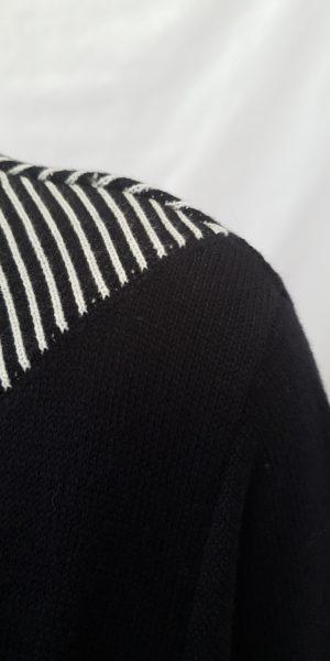 detail van Rimini, zwarte jurk met witte streep, najaarscollectie rimini, Rimini bij sjàzz