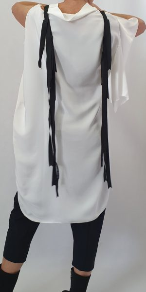 aparte hes, Off white-zwarte hes, Xenia Design bij Sjazz