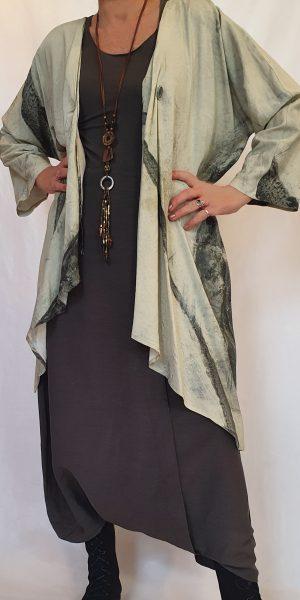 Set van Crea, collectie zomer 2020 Crea, Crea bij sjàzz, mooie vest/jas, broekrok,