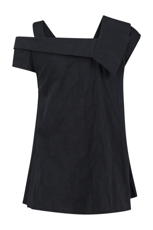 #Sjazz design#, # Elsewhere#, # aparte Blouse #, # zwarte blouse met aparte kraag# , # blouse zonder mouwen#, # off white blouse zonder mouwen#