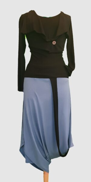 "#rok en jasje#, #Sjàzz Design""# , #aparte kleding#, #Kleding op maat#, #design kleding#, # Grote maten#, # Kleine maten# , # feestkleding#"
