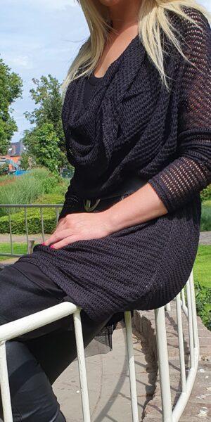 Zwarte trui Elsewhere